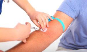 Как можно лечить синяк после взятия крови из вены