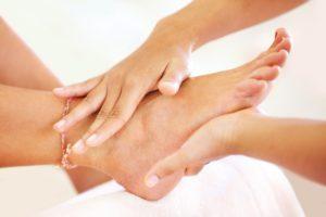 Как делать массаж после перелома лодыжки в домашних условиях