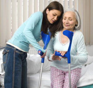 перелома шейки бедра у пожилых людей